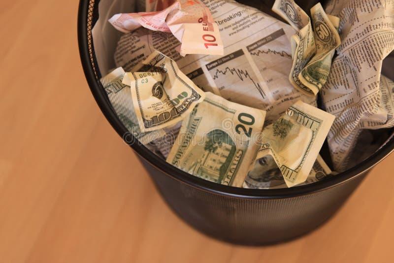 Dinheiro ido fotografia de stock