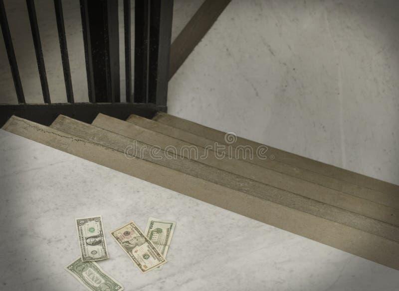Dinheiro perdido em escadas fotos de stock royalty free