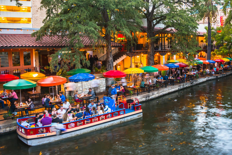 Dinner River Cruise And Dining At Night River Walk San