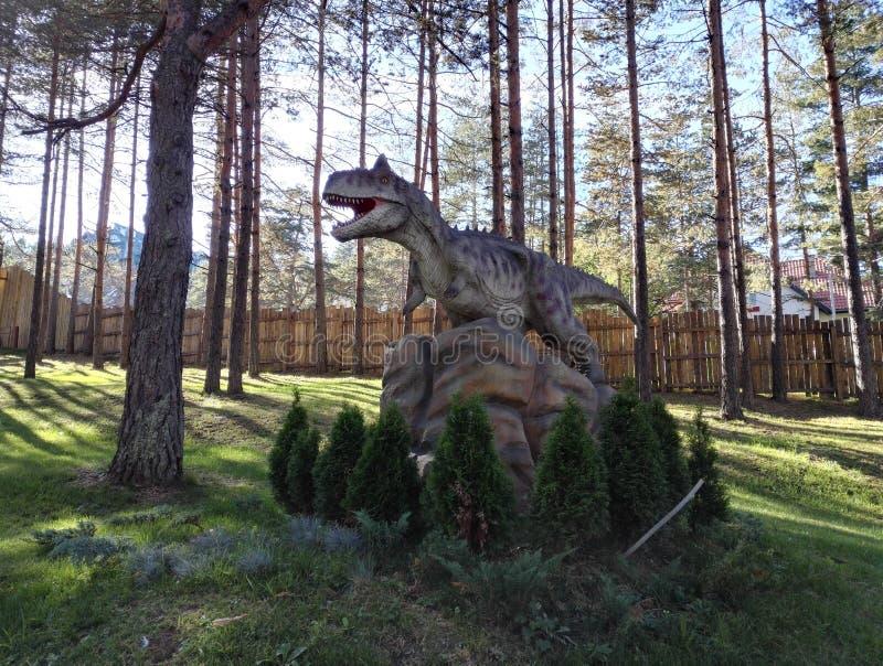 Dino Park Dinosaur Dino Park Adventure in Zlatibor, Serbien lizenzfreie stockbilder
