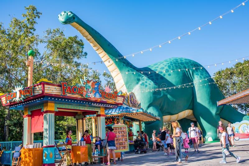 DinoLandu S A bij het Dierenrijk in Walt Disney World stock fotografie