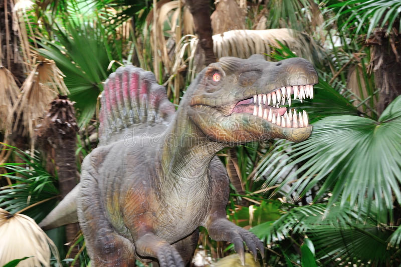 The dinosaur model. In shenzhen Windows of The World。Vivid dinosaur can activities.The forest of the bionic royalty free stock image