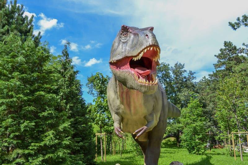 Dinosaur w zoo parku zdjęcia stock