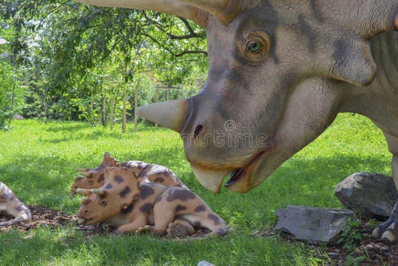 Dinosaur w zoo parku zdjęcie royalty free