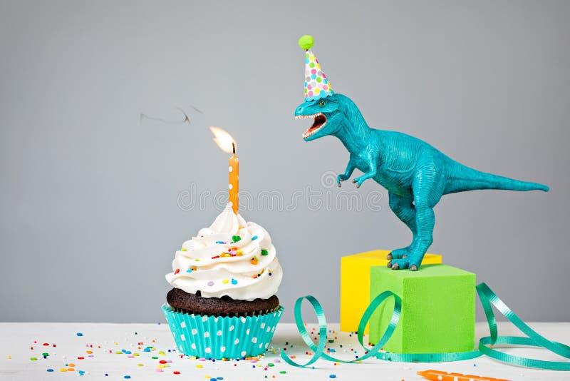 Dinosauriefödelsedagparti royaltyfria bilder