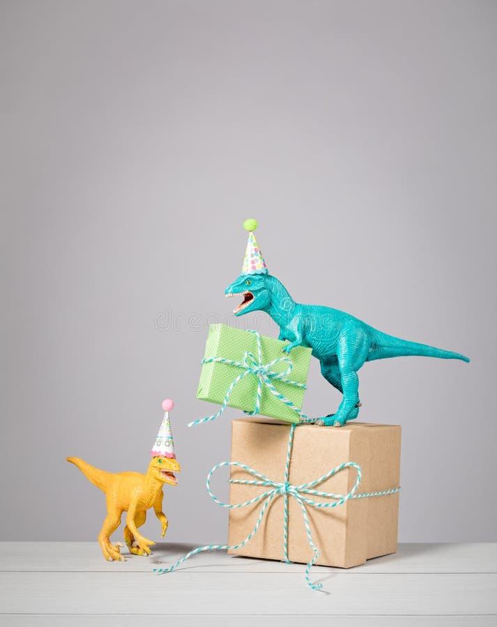 Dinosauriefödelsedagparti arkivbild