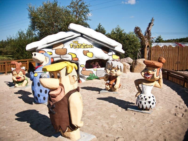 Dinosaurussenpark in Leba Polen stock afbeeldingen