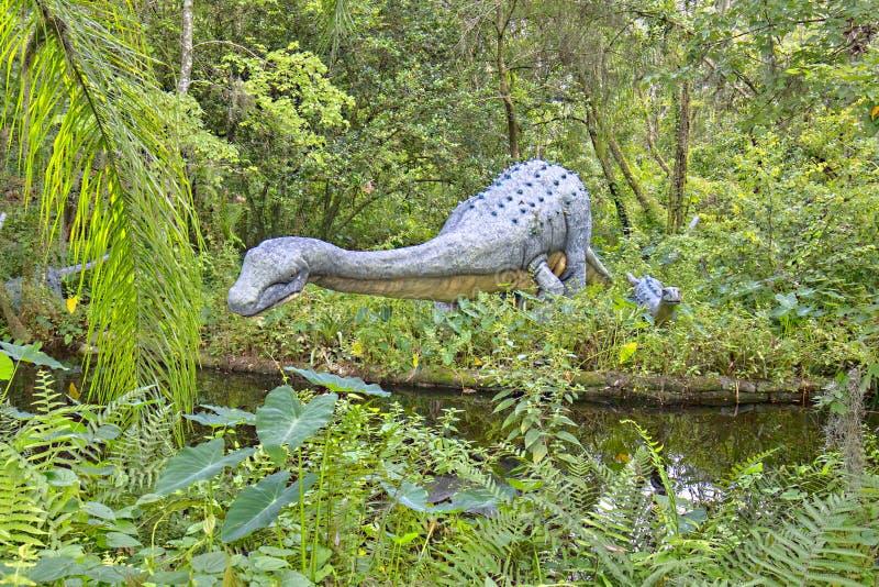 Dinossauro do Saltasaurus imagem de stock royalty free