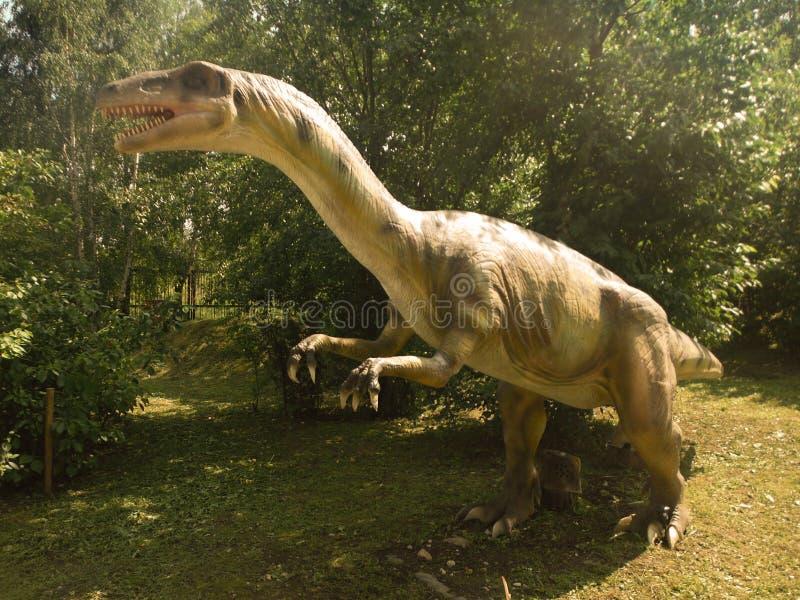 Dinossauros - parque do dinossauro imagens de stock royalty free
