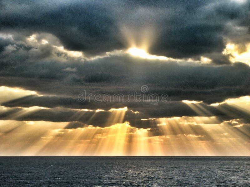 Dio parla immagini stock