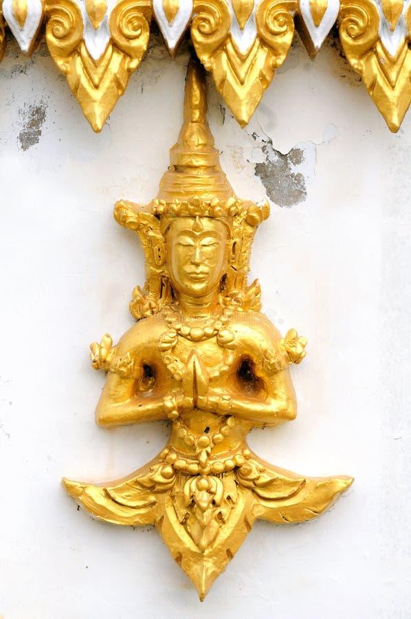 Dio tailandese del tempiale in oro immagine stock libera da diritti