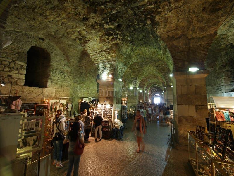 Diocletian宫殿的地下室 库存照片