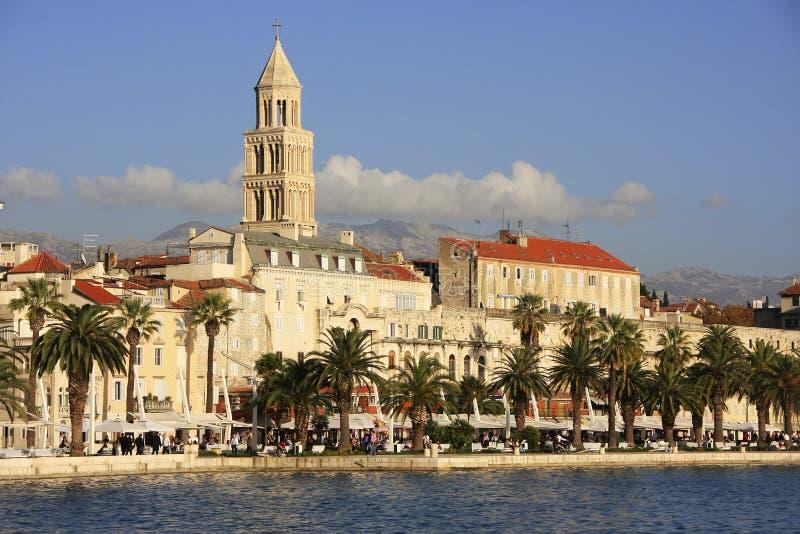 Diocletian的宫殿,分裂江边 库存照片