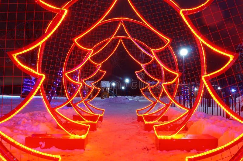 Diodes rouges artificielles d'arbre de Noël photos libres de droits