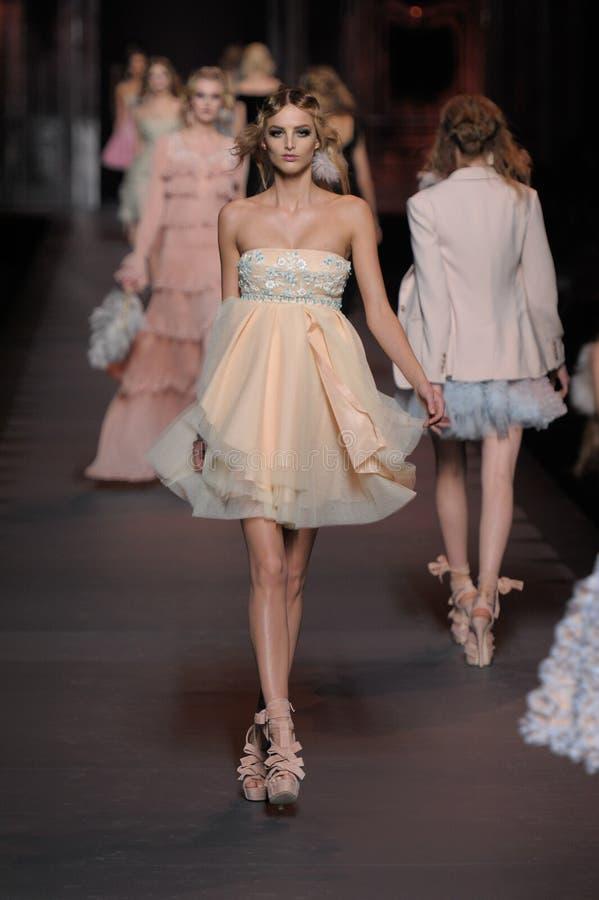 Dior - - semana da forma de Paris fotos de stock