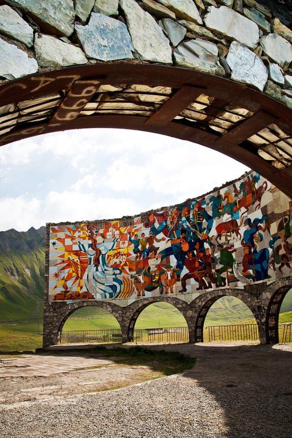 Diorama commémoratif d'amitié de la Soviétique-Géorgie à la route militaire géorgienne, Guduari images libres de droits