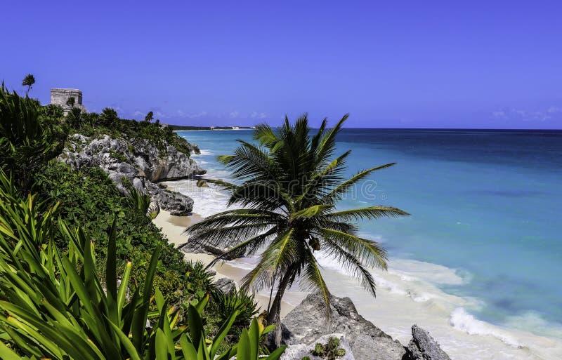 Dios de México Tulum del mar del Caribe del templo de los vientos fotos de archivo