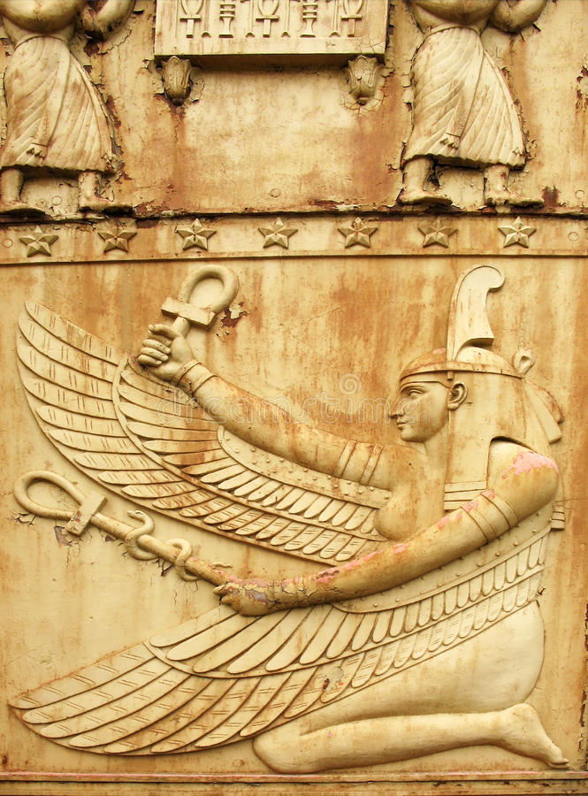 Diosa Maat. Fragmento de la puerta egipcia en Pushkin fotografía de archivo