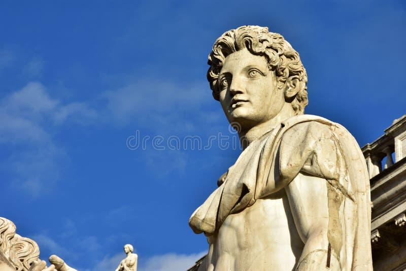 Dioskouri van de Heuvel van Rome Capitoline bij zonsondergang royalty-vrije stock afbeeldingen