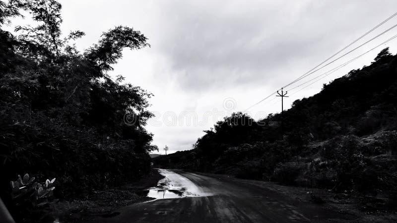 Dipanare le nuove strade fotografie stock