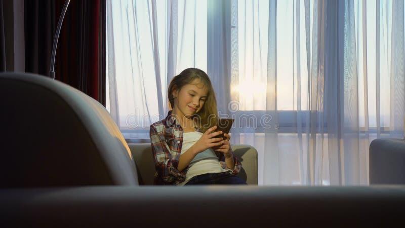Dipendenza digitale del telefono di comunicazione di tecnologia immagini stock libere da diritti