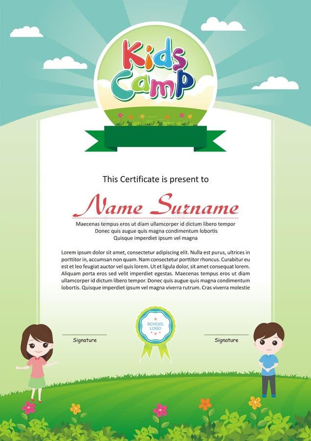 Diploma adorable del campamento de verano de los niños ilustración del vector