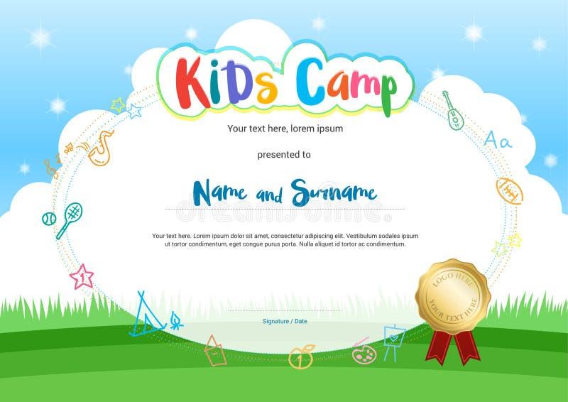 Diploma o certificado del campamento de verano de los niños con el backg del estilo de la historieta ilustración del vector
