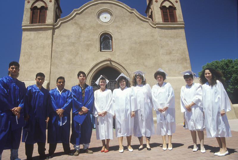 Diplomados de High School secundaria foto de archivo
