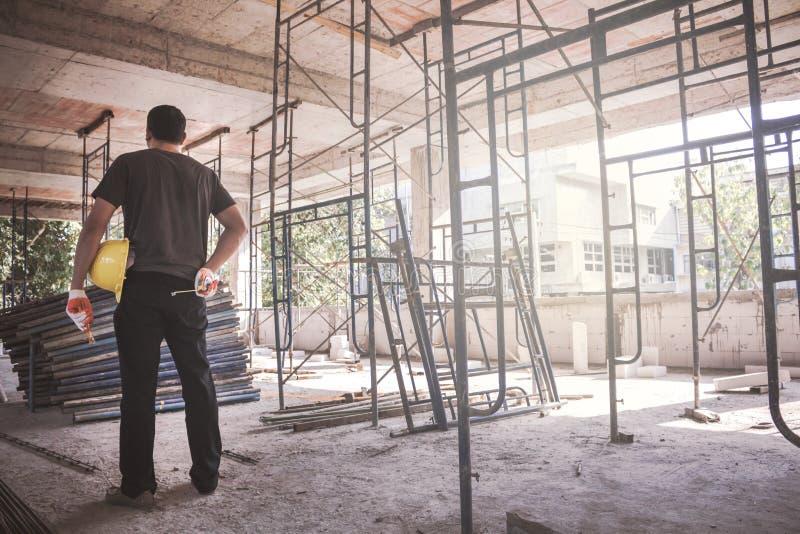 Directeur au chantier de construction photos libres de droits