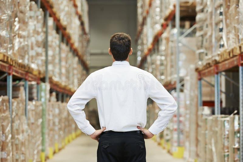 Directeur dans l'entrepôt images stock