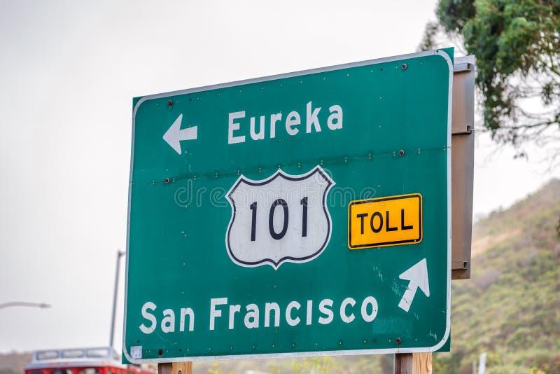 Direzioni di San Francisco e segnale stradale da uno stato all'altro fotografia stock