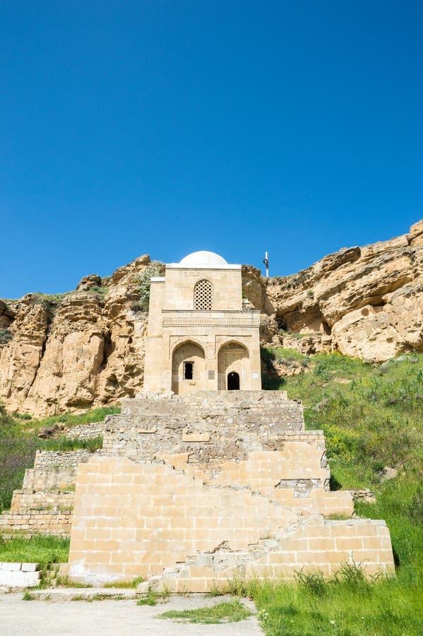 Diri Baba Mausoleum in Maraza-stad van Gobustan-District, Azerbeidzjan stock foto's