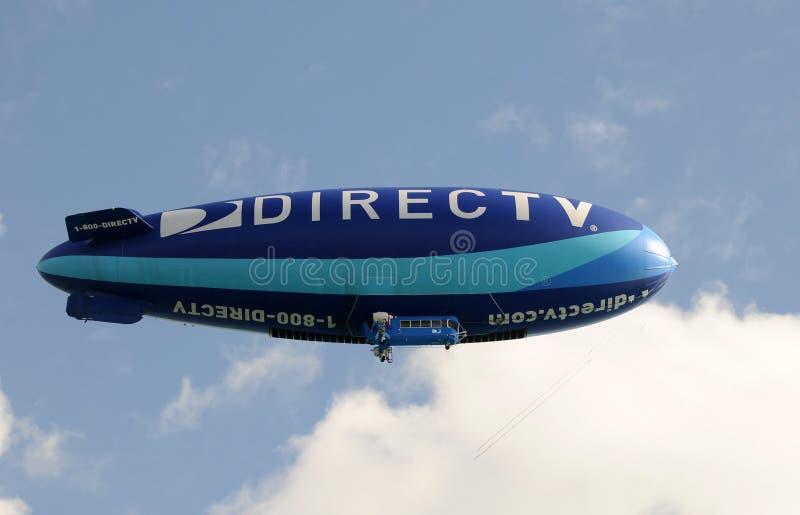 Dirigível relativo à promoção sobre Miami imagens de stock royalty free