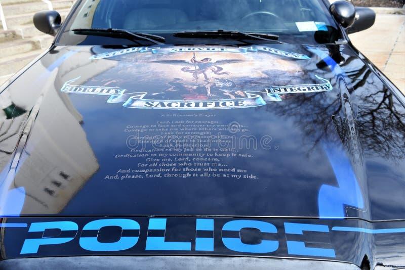 Dirigeants tombés par honneur de voiture de police de New York le comté de Westchester images libres de droits