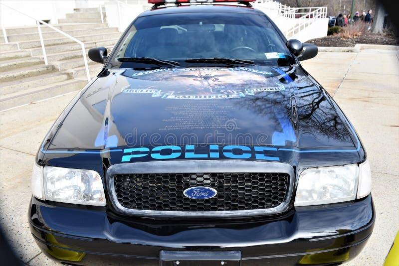Dirigeants tombés par honneur de voiture de police de New York le comté de Westchester image libre de droits