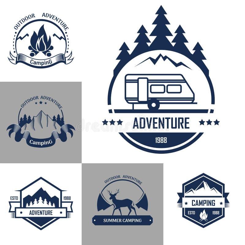 Dirigez les icônes d'isolement de la forêt de montagne, de la tente de camp et du feu illustration libre de droits