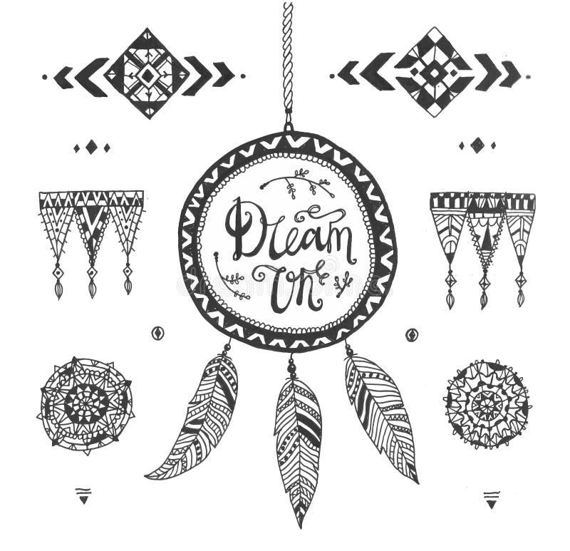 Dirigez les modèles tribals tirés par la main avec la course, ligne, éléments décoratifs, plumes, style géométrique d'Aztèque de  illustration libre de droits