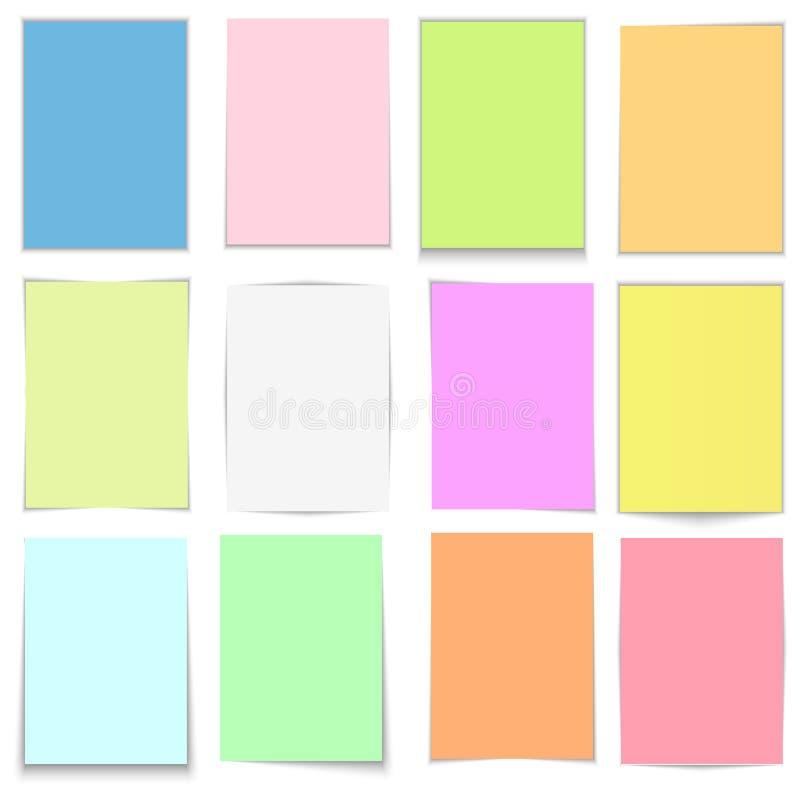 Dirigez les notes collantes colorées, autocollants de courrier avec des ombres d'isolement sur un fond transparent photographie stock libre de droits