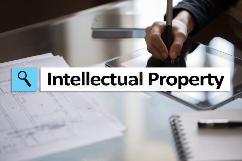 Diritti di proprietà intellettuale brevetto Concetto di affari, di Internet e di tecnologia fotografia stock