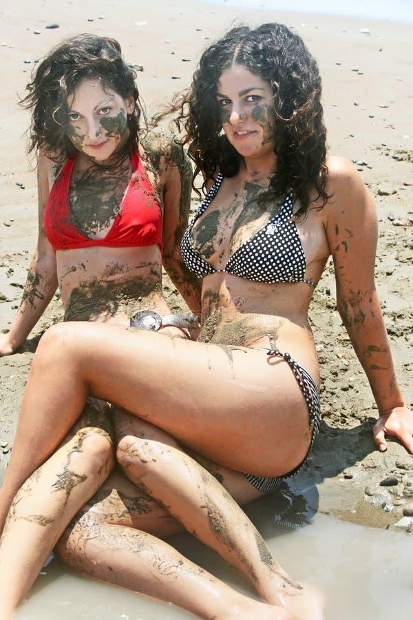 Dirty Bikini Girls
