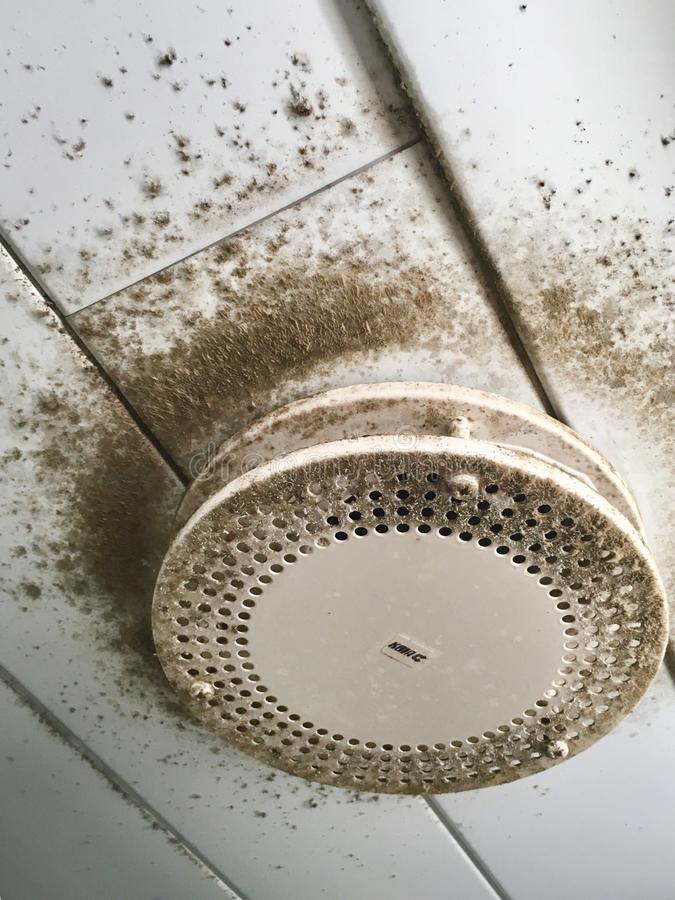 Free Dirty Mold Air Conditioner Ventilation Stock Image - 153653991