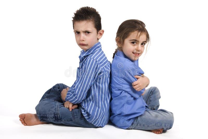 Disaccordo della sorella e del fratello fotografie stock libere da diritti