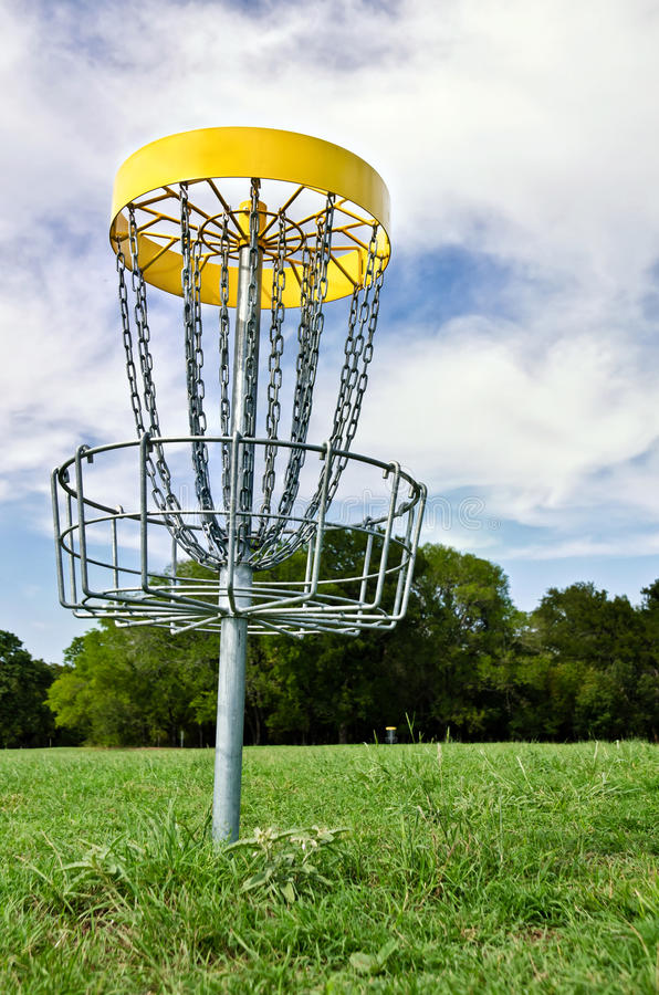 Free Disc Golf Hole Stock Photos - 26319383