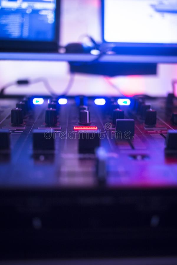 Disc-jockey du DJ à la noce image libre de droits