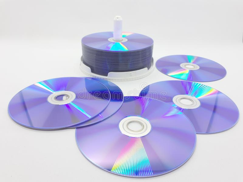 Disco compacto de ordenador brillante y colorido en fondo blanco aislado 01 fotografía de archivo libre de regalías