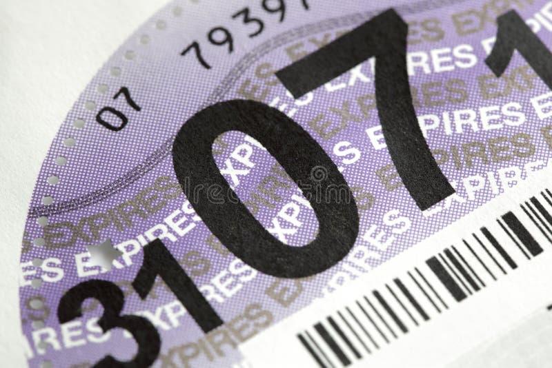 Disco de impuesto BRITÁNICO de camino fotos de archivo
