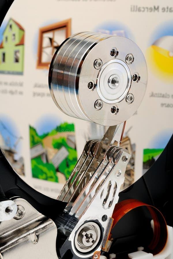 Disco duro abierto del ordenador fotografía de archivo