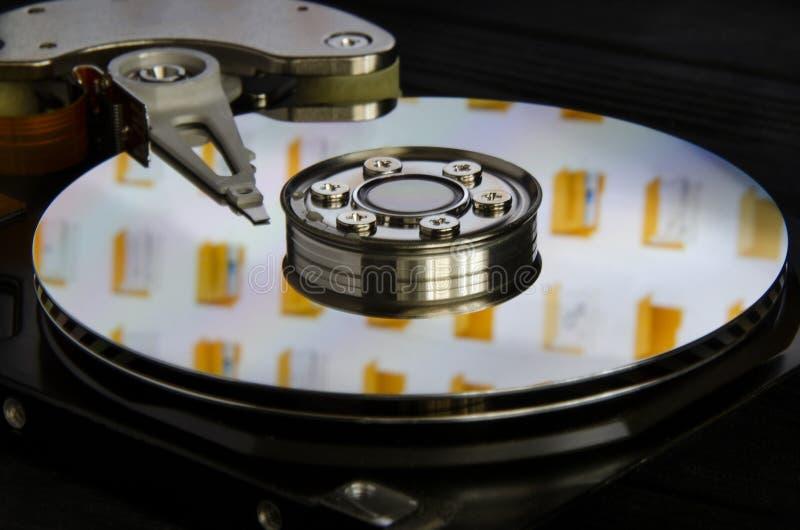 Disco duro desensamblado del ordenador imagen de archivo libre de regalías