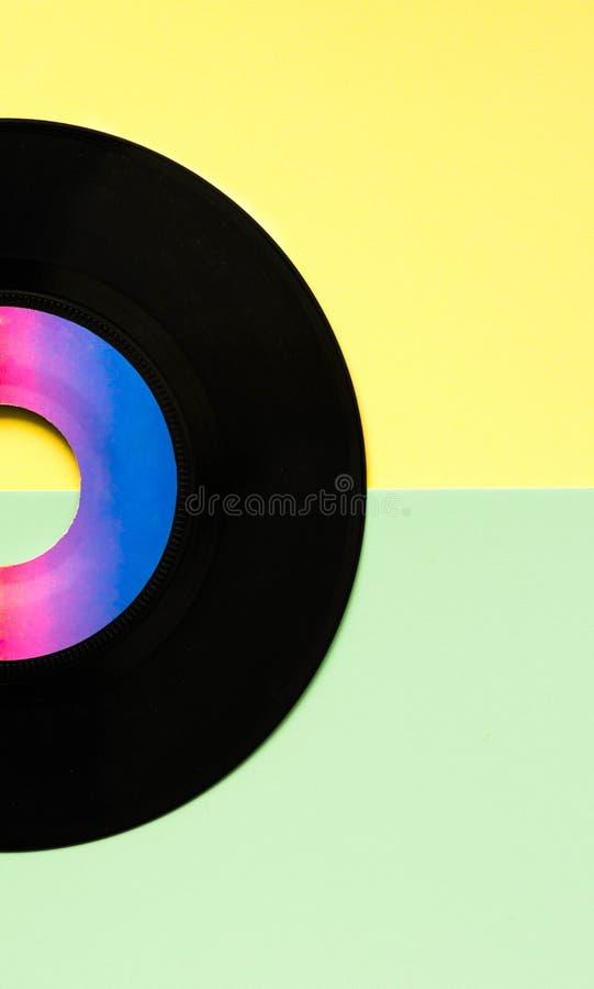 Disco retro, estilo do vinil do gramofone do vintage em cores pastel felizes fotografia de stock royalty free