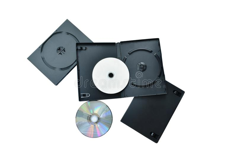 Disco versátil o DVD de Digitaces con la caja plástica negra que empaqueta en el fondo blanco fotos de archivo libres de regalías